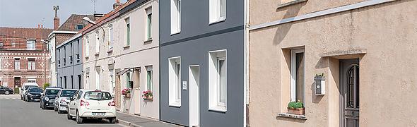 Façade d'une maison isolée à Haubourdin dans le Nord