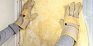 Auto-réhabilitation, pose d'un isolant mural